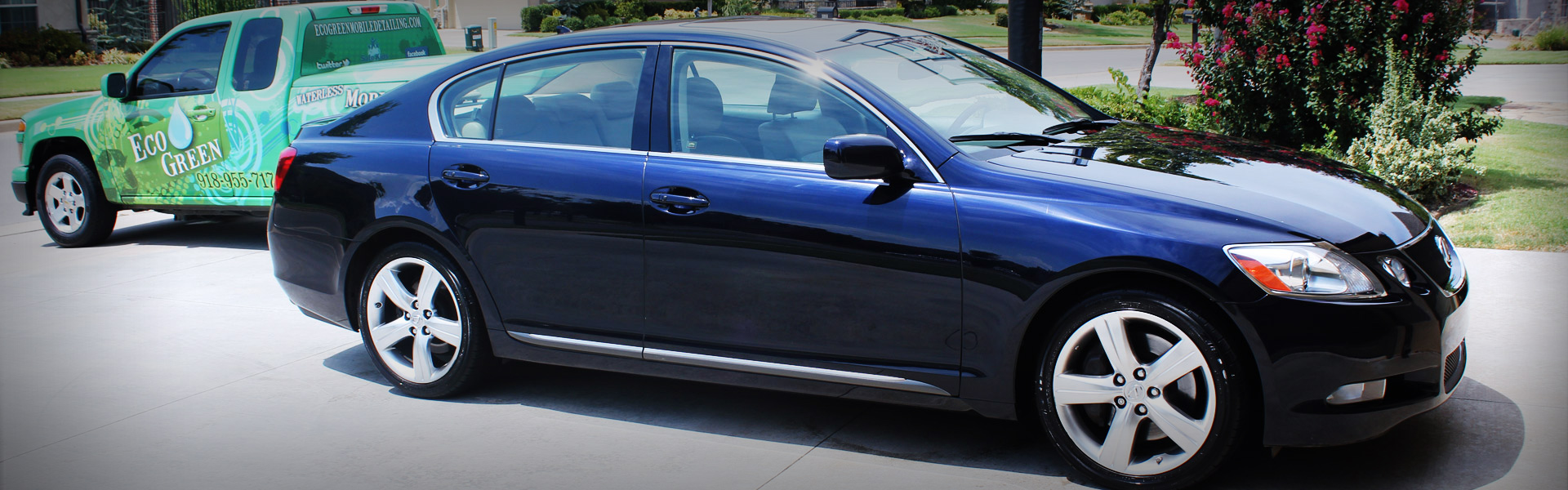 Picture of a Lexus GS350 in EcoGreen Contact Banner